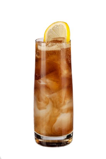 Drink z rumem i amaretto