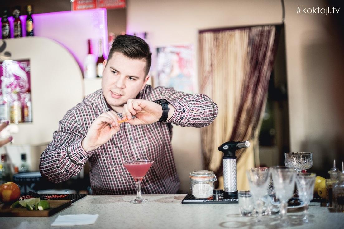 Aromatyzowanie drinków i szkła koktajlowego. Szczegóły mają znaczenie!