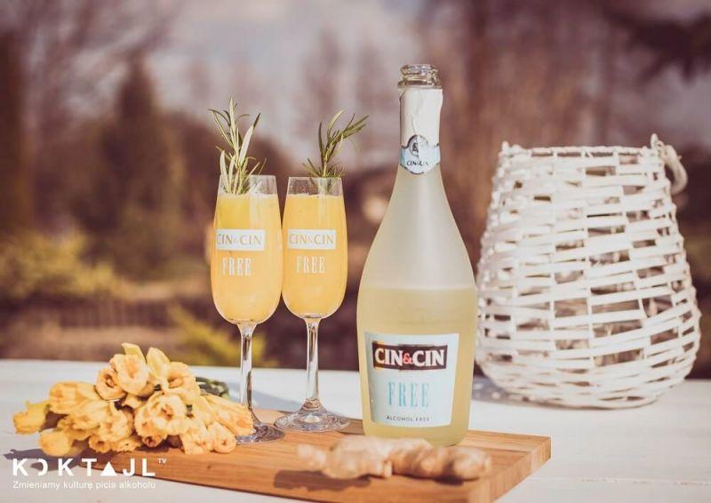 Virgin Mimosa - klasyczny drink z sokiem pomarańczowym w bezalkoholowej wersji