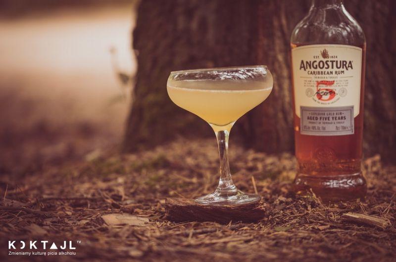 Bootleg - drink z ciemnym rumem i sambuca