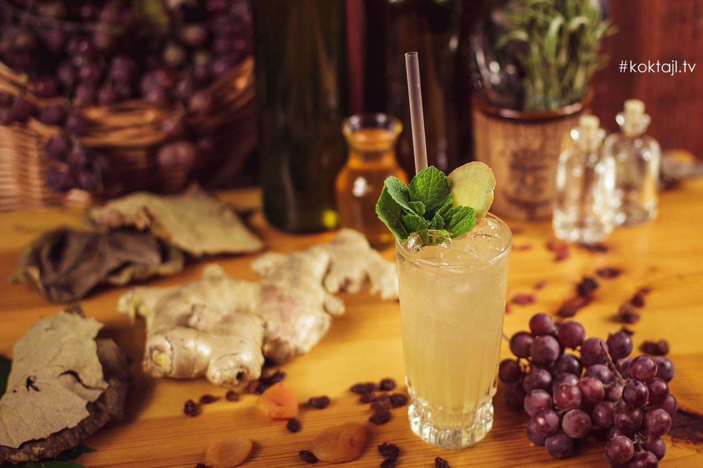 Pliska Ginger Ale - połączenie brandy ze Schweppes o smaku imbiru.