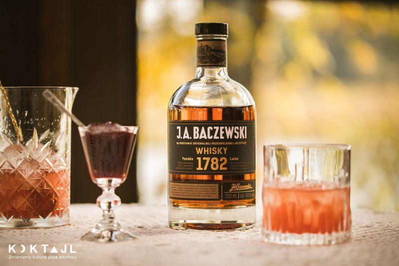 Sznyt - przepis na drinka  z whisky i konfiturą z fig.