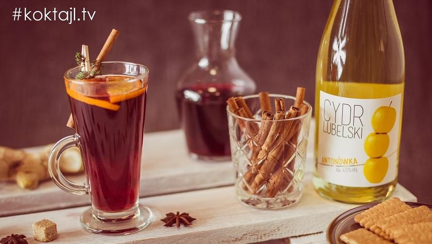 Przepis na grzaniec z wina i cydru z przyprawami.