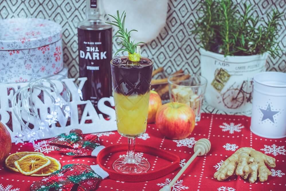 Warstwowy zimowy drink z wódką czarną The Dark.