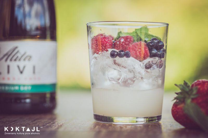 Owocowy drink bez alkoholu - Collins Free