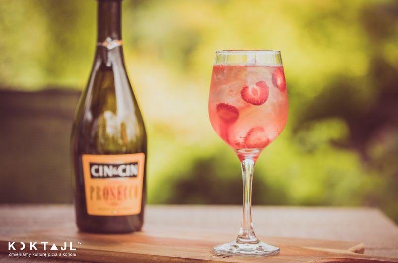 Pink and tonic - prosty i smaczny kobiecy drink z prosecco