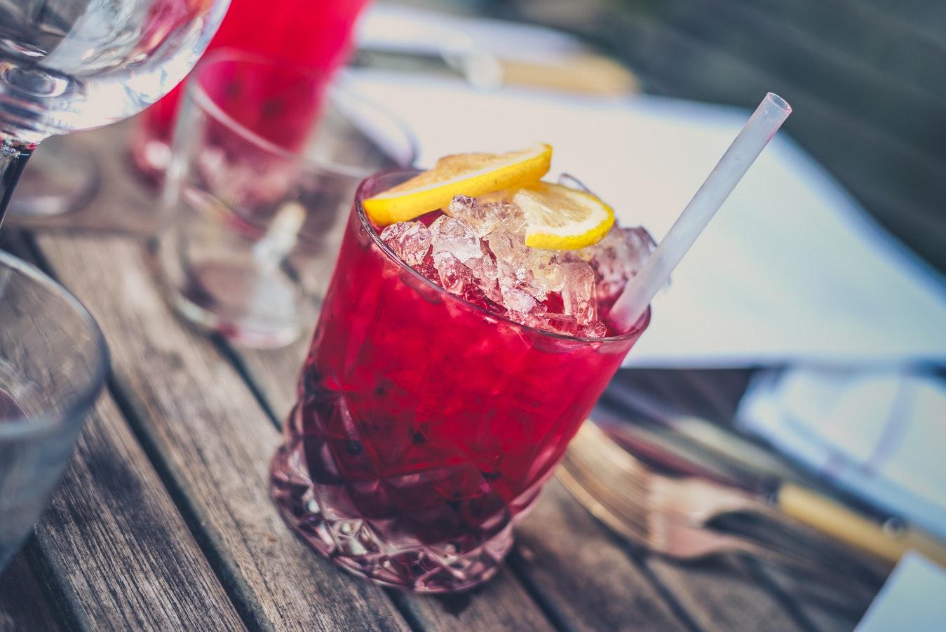 Malibu Twilight - najlepszy drink z owocami i rumem Malibu w 5 min.