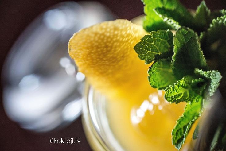 Pasieka - przepis na drinka z bimbrem i miodem