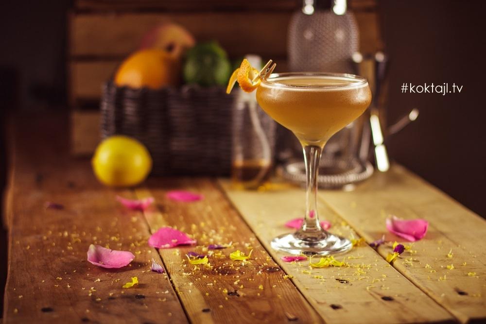 Zmierzch lata - drink z whisky i octem balsamicznym.