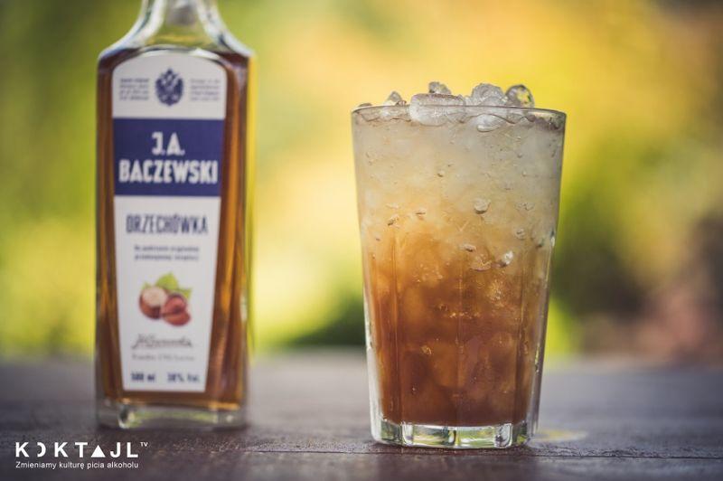 Frappe z wódką orzechową i kahlua