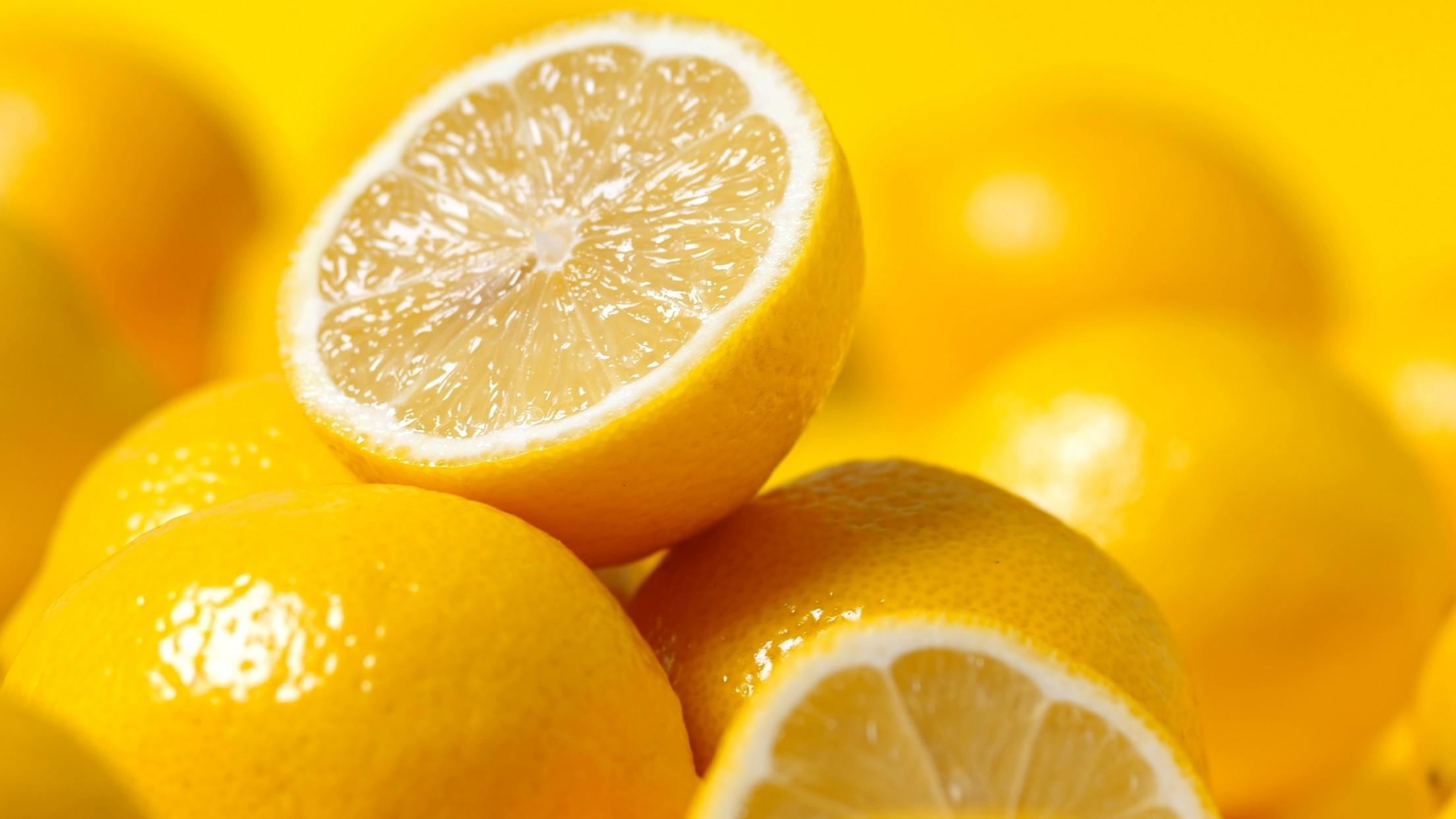 Jak uzyskać więcej soku z cytryny!