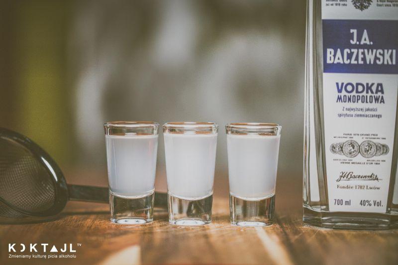 Lemon Drop Shot – przepis na proste shoty na Sylwestra