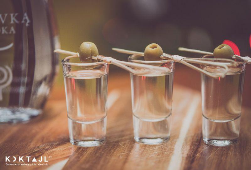 Przepisy na shoty z wódki na Sylwestra