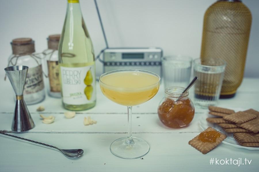 Śniadaniowe Martini - drink na śniadanie z wódką, dżemem i cydrem perry