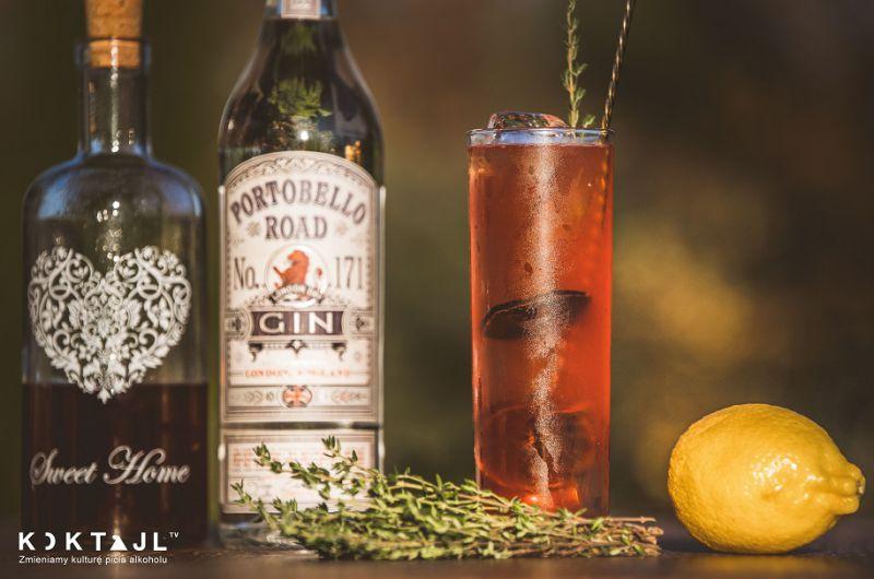 3 proste drinki z różowym ginem truskawkowym. Jak i z czym pić różowy gin!